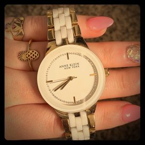 Anne Klein New York white/gold linked watch